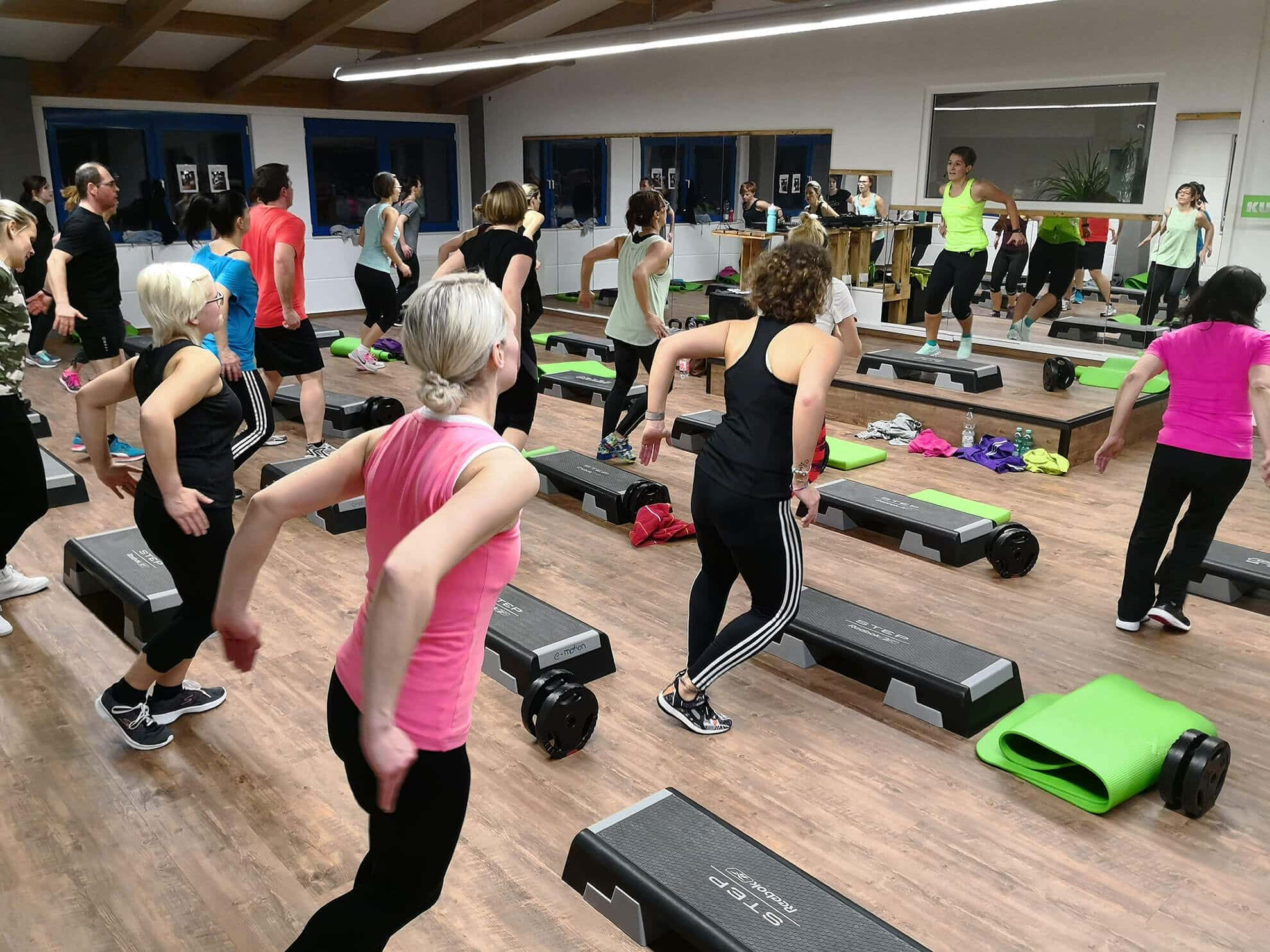Fitnesskurse in Dinkelsbühl und Feuchtwangen | e-motion